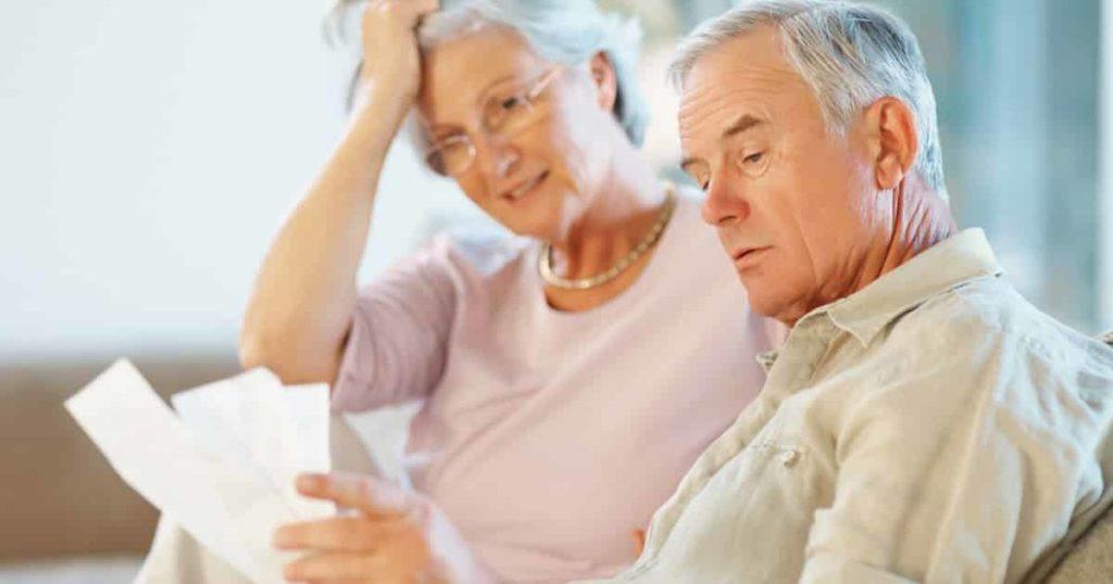 Когда выходят на пенсию жители разных стран
