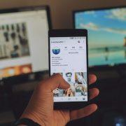 Поиск должника через соцсети
